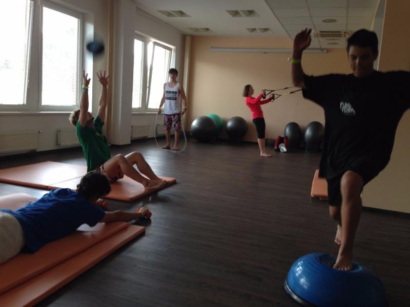 cvičení po operaci kolene